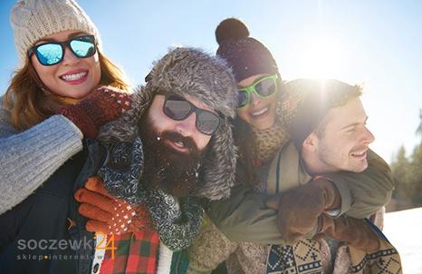 Czy należy nosić okulary przeciwsłoneczne zimą?